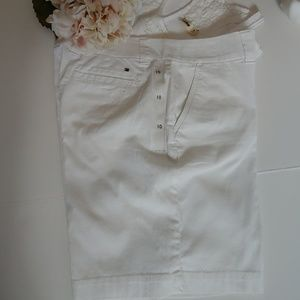 NWT Tommy Hilfiger shorts white cotton